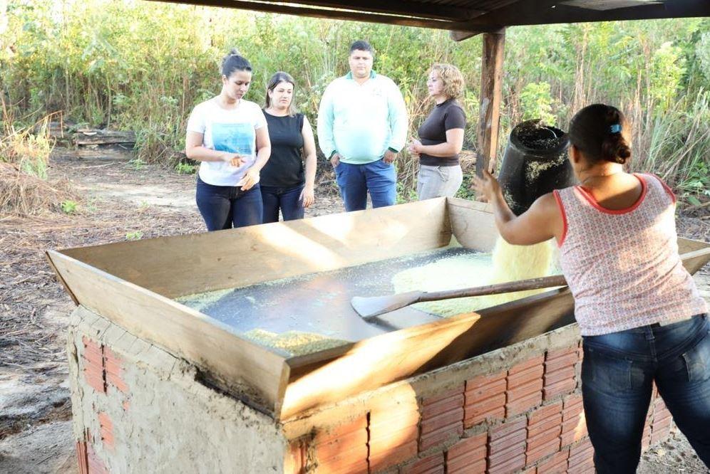 Após determinações do MPT, cidade do AC com índice de trabalho infantil é monitorada  - Notícias - Plantão Diário