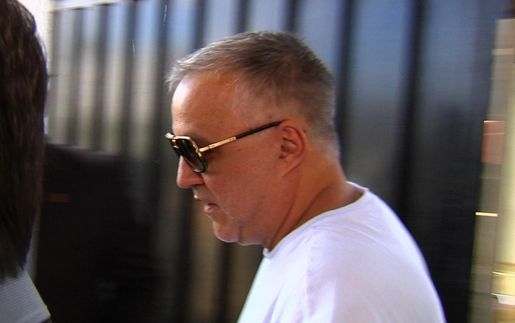 TJ do Rio acata pedido da defesa e decide manter Cachoeira preso em Goiânia