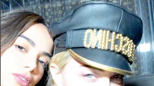 Anitta canta funk em novo álbum de Madonna e diz: 'Está bem surpreendente'