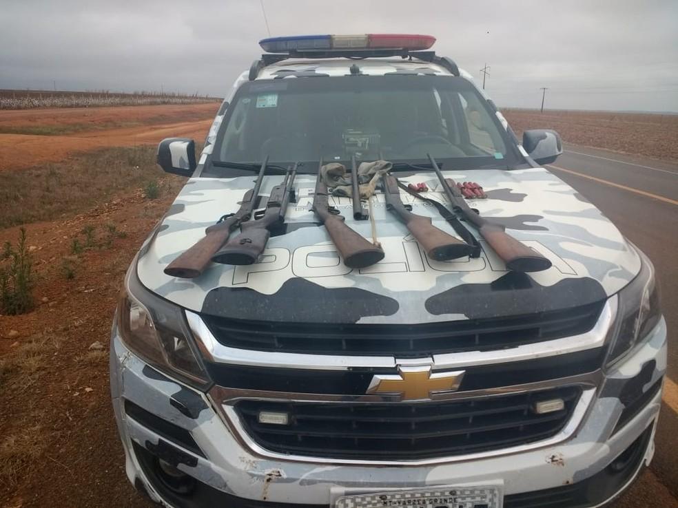 Seis pessoas foram presas e sete armas foram apreendidas (Foto: Polícia Militar de MT)