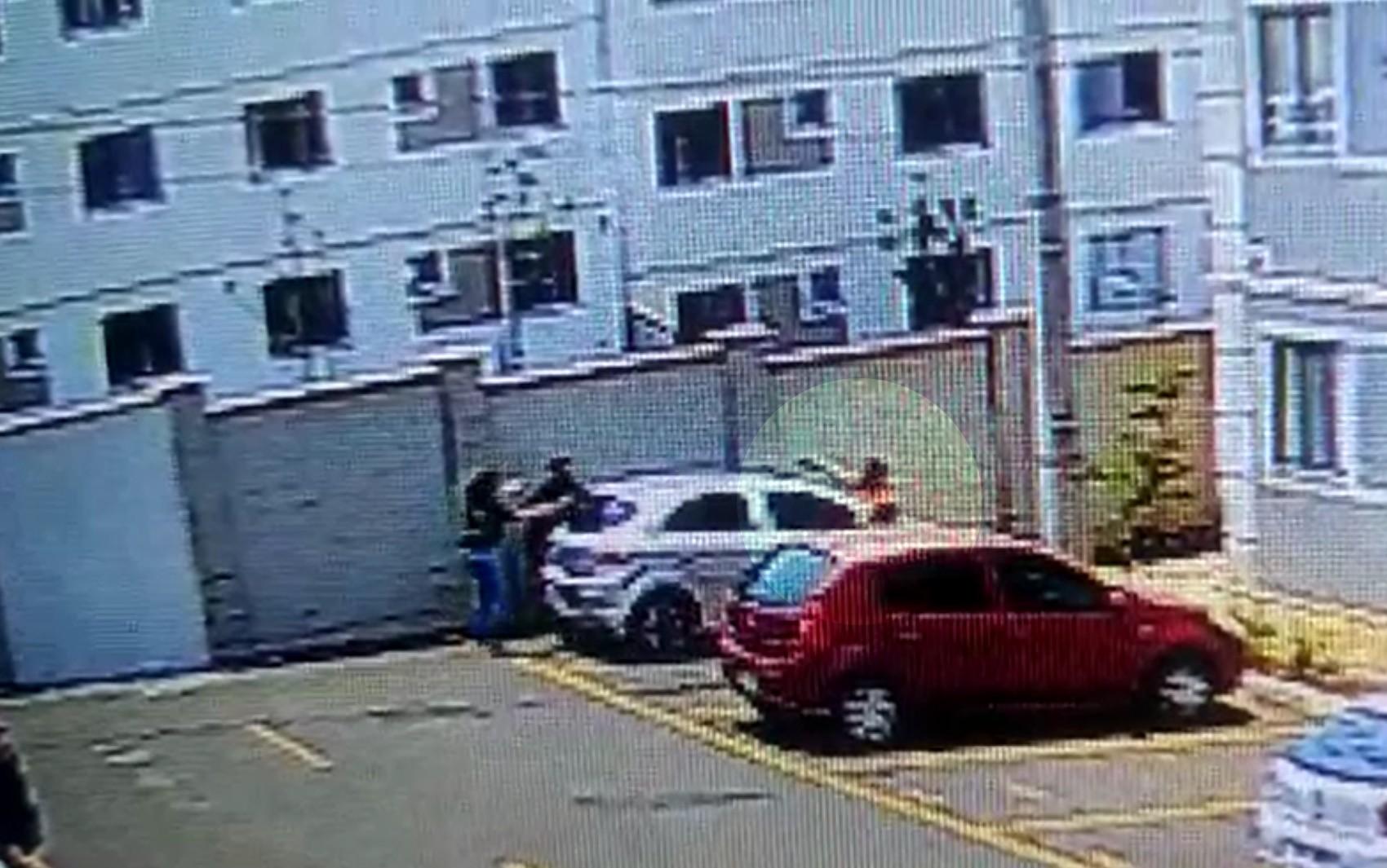 Homem é preso suspeito de tentar matar três pessoas a tiros após briga de trânsito em Valparaíso de Goiás; vídeo