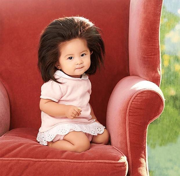 A bebê Chanco estrela propaganda de cosméticos para os cabelos (Foto: PeG Japan Hair Care Communications)