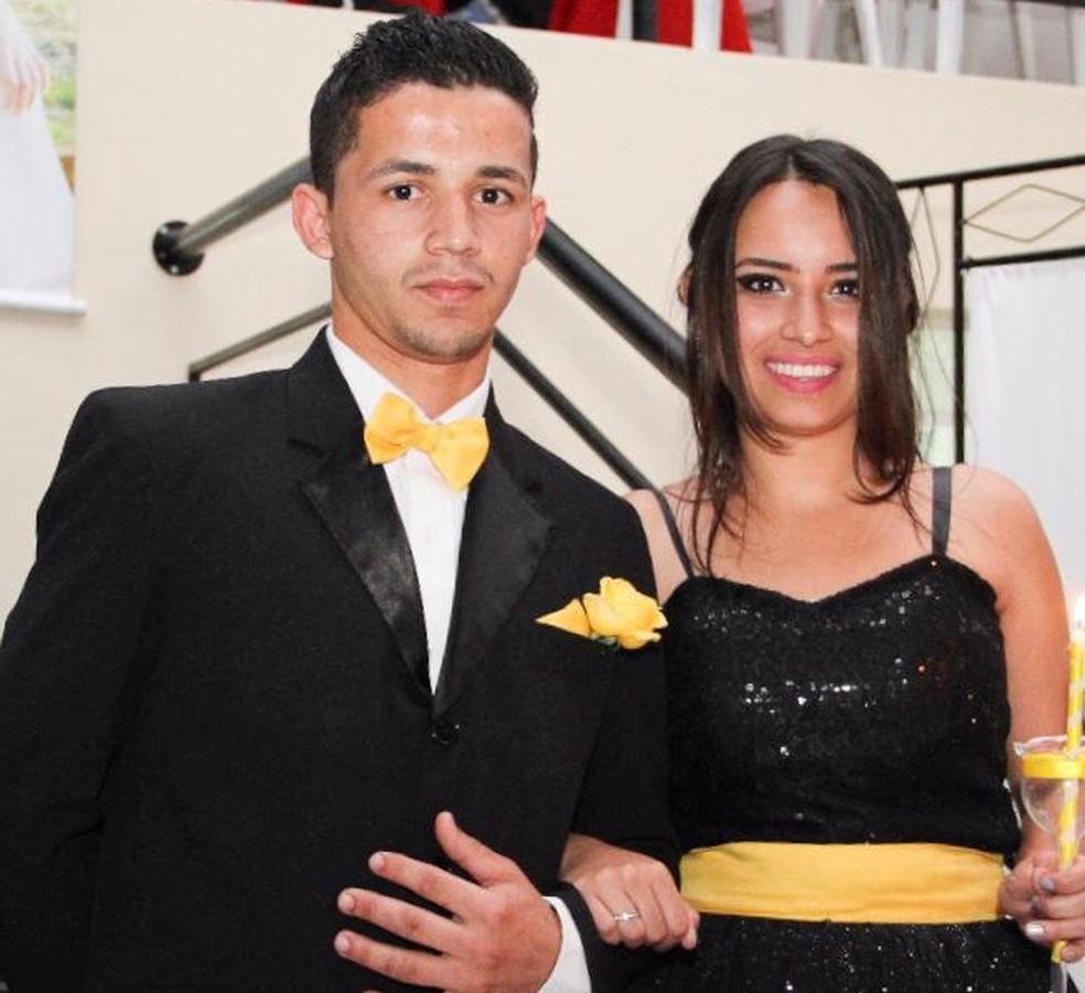 Jackson Silva dos Santos e Geovanna Crislaine Soares da Silva; ele é suspeito de matar a ex-namorada em Sorocaba — Foto: Arquivo pessoal