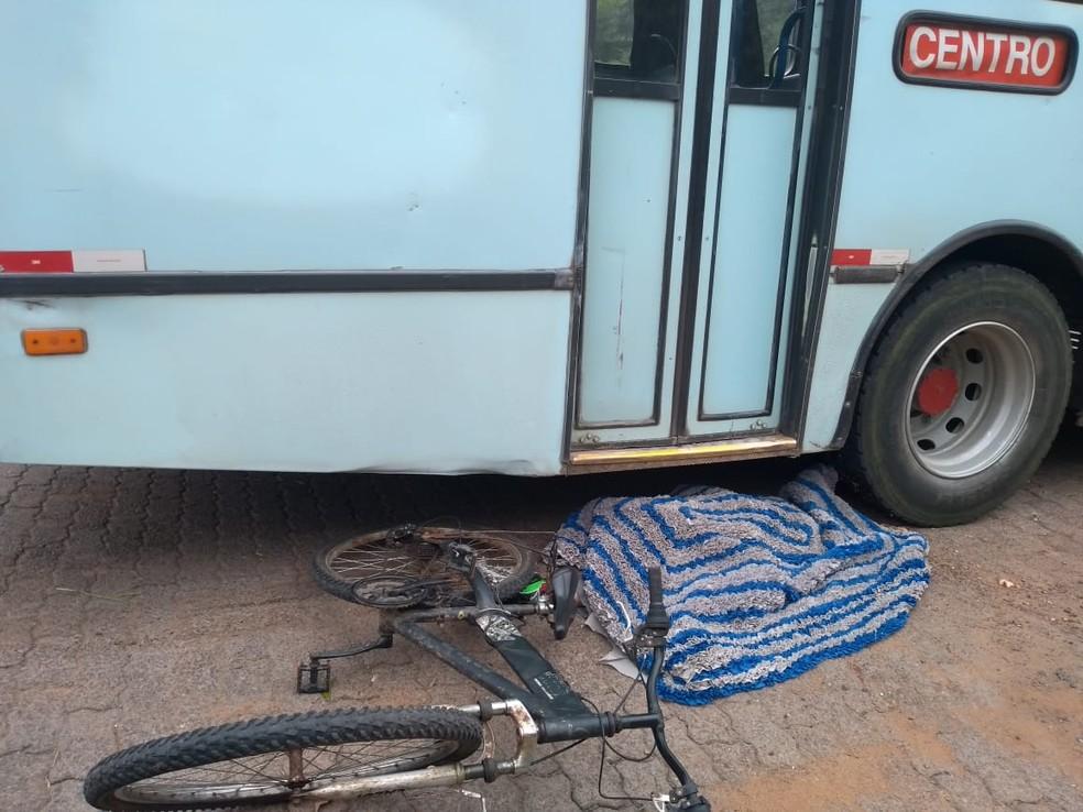 Menino de 11 anos perdeu a vida atropelado por um ônibus — Foto: Divulgação/Polícia Civil