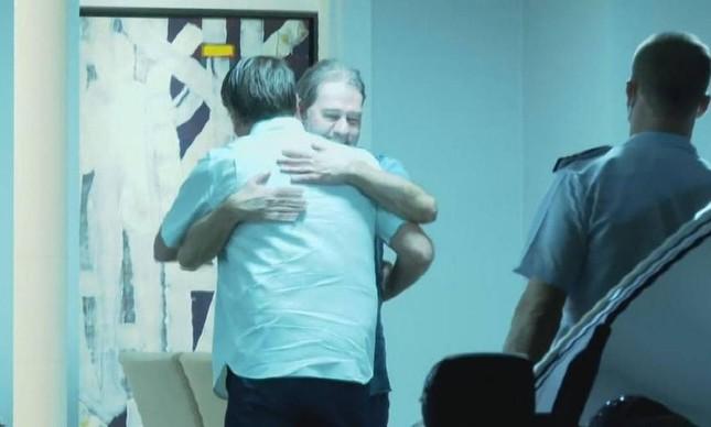 O ministro do STF Dias Toffoli recebe o presidente Jair Bolsonaro em sua residência, em Brasília