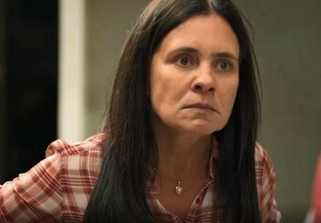 Adriana Esteves, a Thelma de 'Amor de mãe' (Foto: TV Globo)