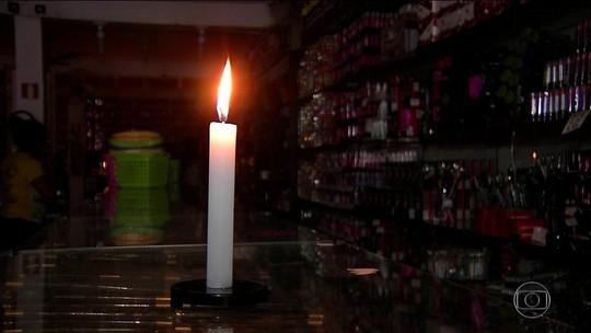 Energia foi restabelecida 5 h após início de apagão, diz governo
