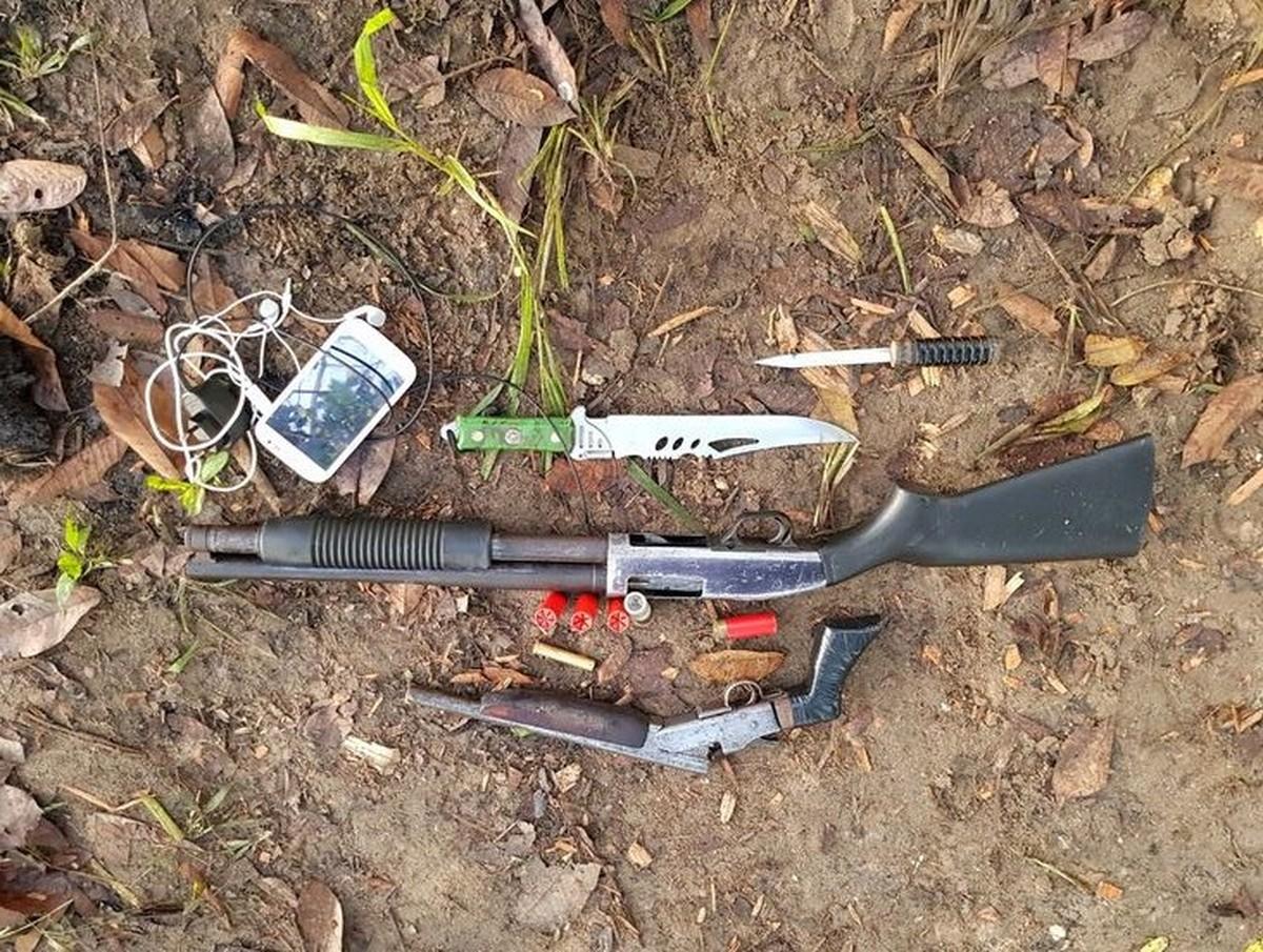 Polícia Civil prende trio com arma de fabricação americana em Cruzeiro do Sul