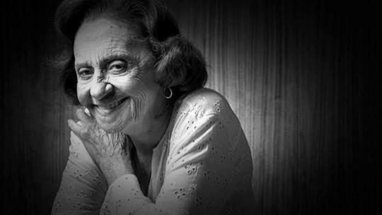'Você só envelhece ou morre quando quer', diz Laura Cardoso, de 92 anos