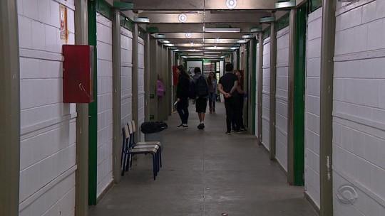 Reprovação no ensino médio em escolas estaduais do RS cresce 29% em 5 anos, e estado tem maior taxa do país