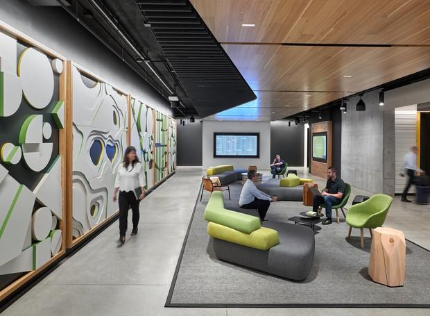 A ideia de criar locais abertos é para que a equipe possa se conectar (Foto: arrett Rowland/ Reprodução)