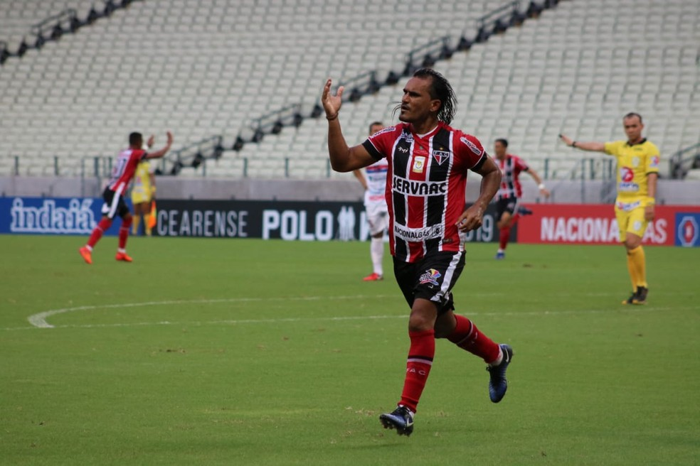 Aos 33 anos, Enercino vai defender o Trovão Azul — Foto: Ronaldo Oliveira/Ferroviário