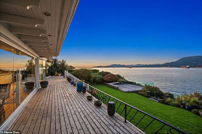 Harry e Meghan Markle se interessam por mansão de R$ 114 milhões (Foto: Divulgação)