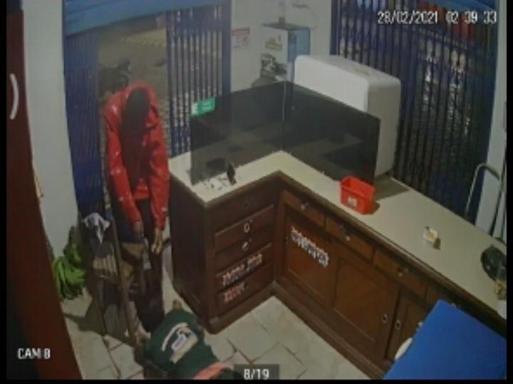 Homem é preso após disparar tiro durante assalto em posto de gasolina em Óbidos