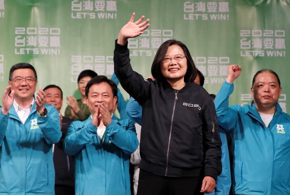 Tsai Ing-wen foi reeleita como presidente de Taiwan neste sábado (11) — Foto: Tyrone Siu/Reuters