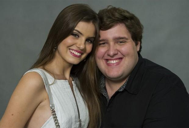 Camila Quiroz e Felipe Hintze: amigos desde que atuaram juntos em Verdades Secretas (2015) (Foto: Divulgação/TV Globo)