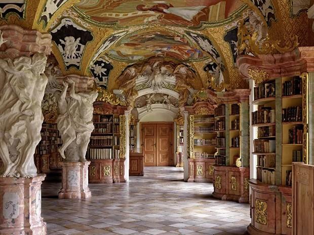 Fotógrafo registra as bibliotecas mais lindas do mundo (Foto: Massimo Listri e Taschen/Divulgação)