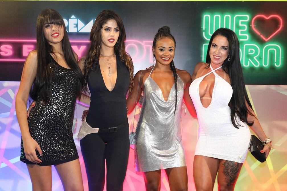 As atrizes Mariana Torres, Shayenne Samara, Indyara Dourado e Elisa Sanches no Prêmio Sexy Hot 2018 — Foto: Celso Tavares/G1