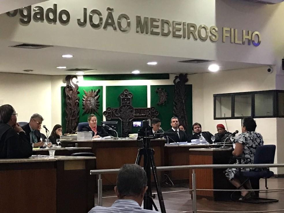 Júri popular de Shirley Araújo de Lima aconteceu nesta quarta (20) (Foto: Clayton Carvalho/Inter TV Cabugi)