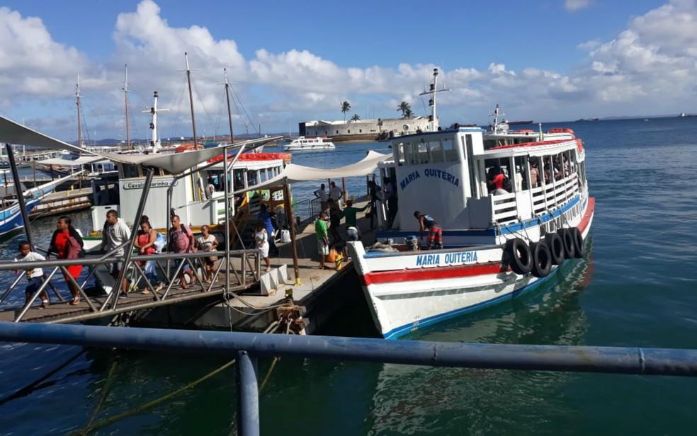 82e39287b772 ... Travessia Mar Grande tem movimento moderado neste domingo — Foto:  Maiana Belo/G1 Bahia