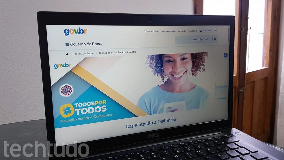 Plataforma do Governo Federal lista cursos grátis para fazer na quarentena — Foto: Paulo Alves/TechTudo