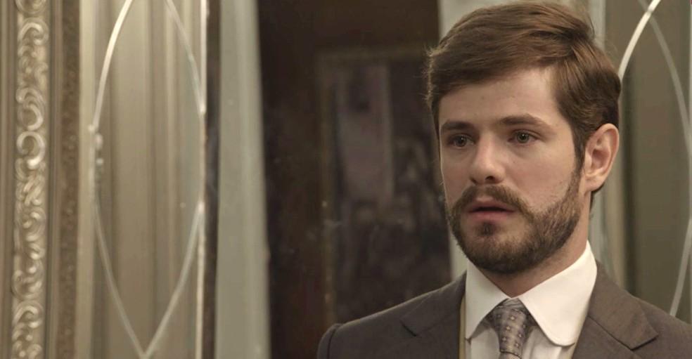 Jane coloca Camilo contra a parede. Será que ele vai assumir que a ama e enfrentar a mãe? (Foto: TV Globo)