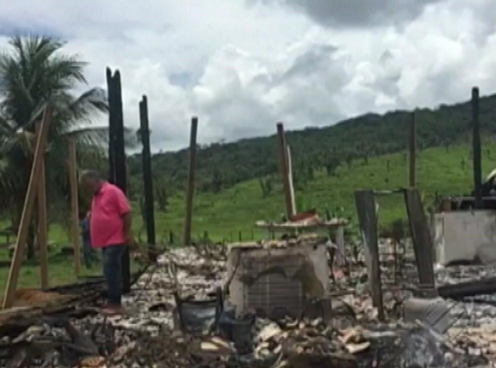 Fazenda Santa Maria é incendiada no Pará. — Foto: Reprodução/TV Liberal