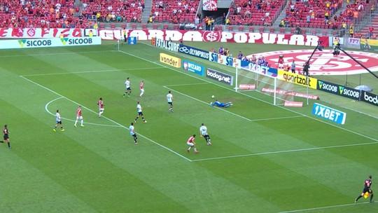 Sem selecionáveis, Santos inicia preparação para jogo com o Ceará; veja vídeos e fotos do treino
