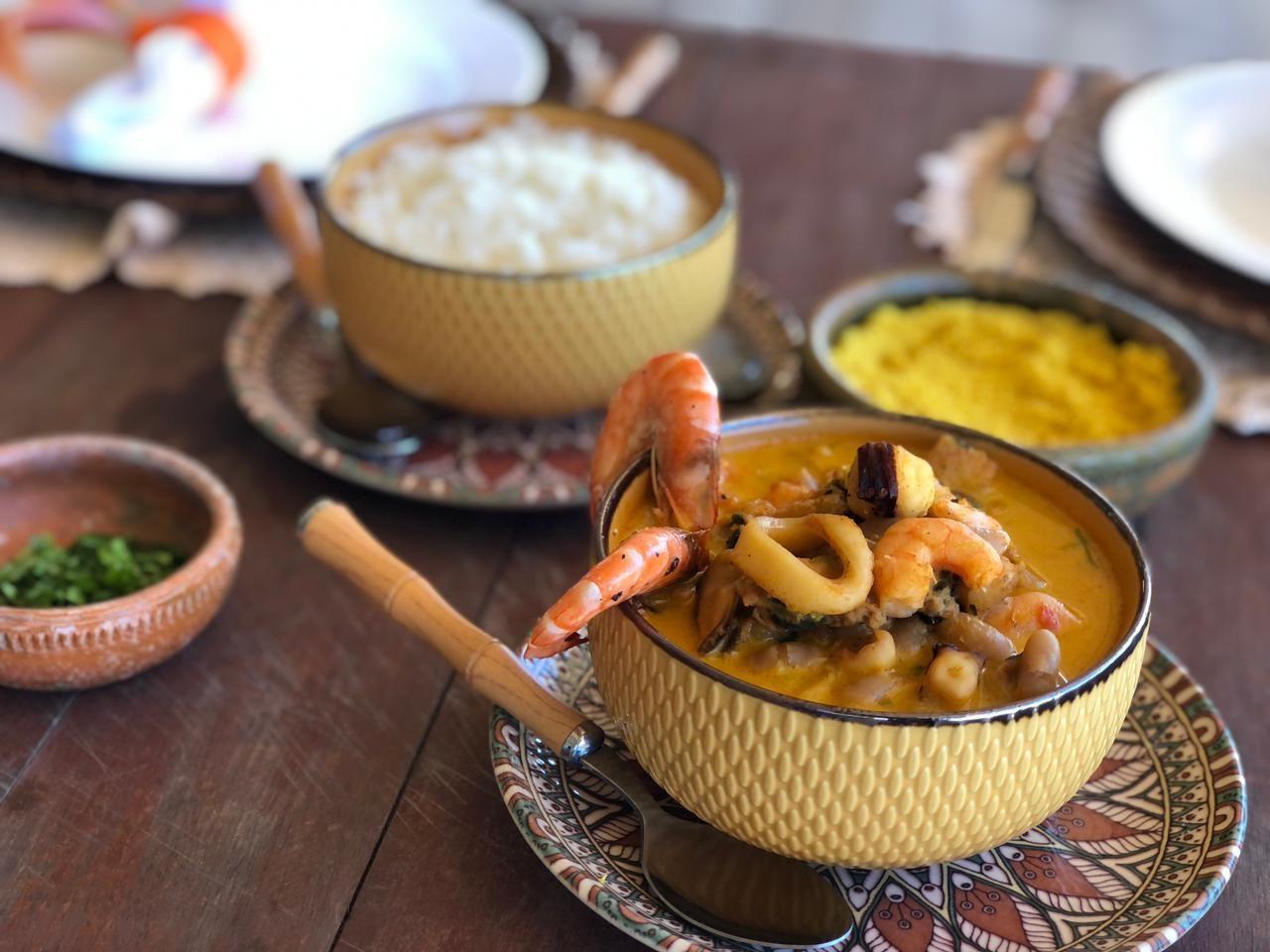 Sabores do Nordeste: conheça a receita da feijoada de frutos do mar
