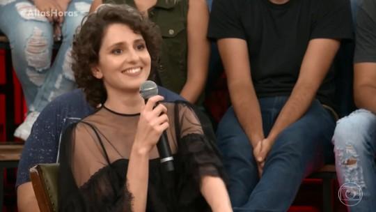 Carol Duarte fala sobre situações inusitadas durante gravações