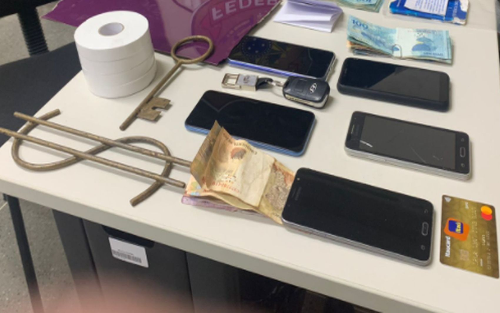 Três pessoas são presas suspeitas de furtar caixa eletrônico na cidade de Lagarto em Sergipe
