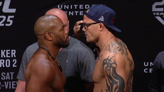 Rashad Evans e Anthony Smith fazem a pesagem do Peso meio-pesado no UFC 225
