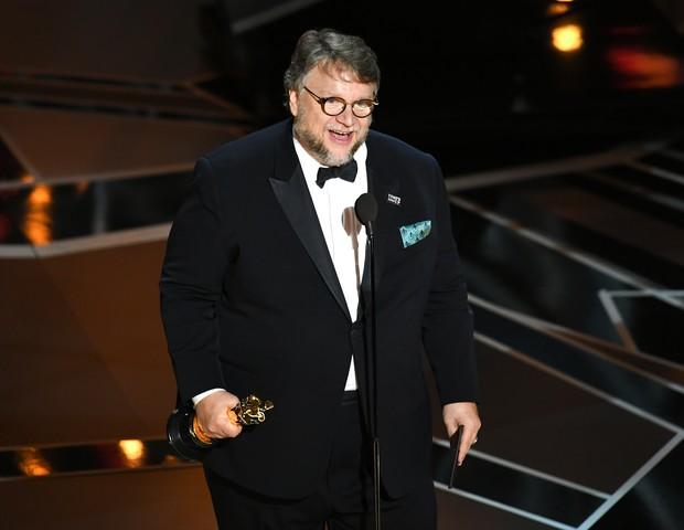 Guillermo del Toro: grande premiado da noite, vencedor do prêmio de melhor direção e melhor filme por A Forma da Água (Foto: Kevin Winter/Getty Images)