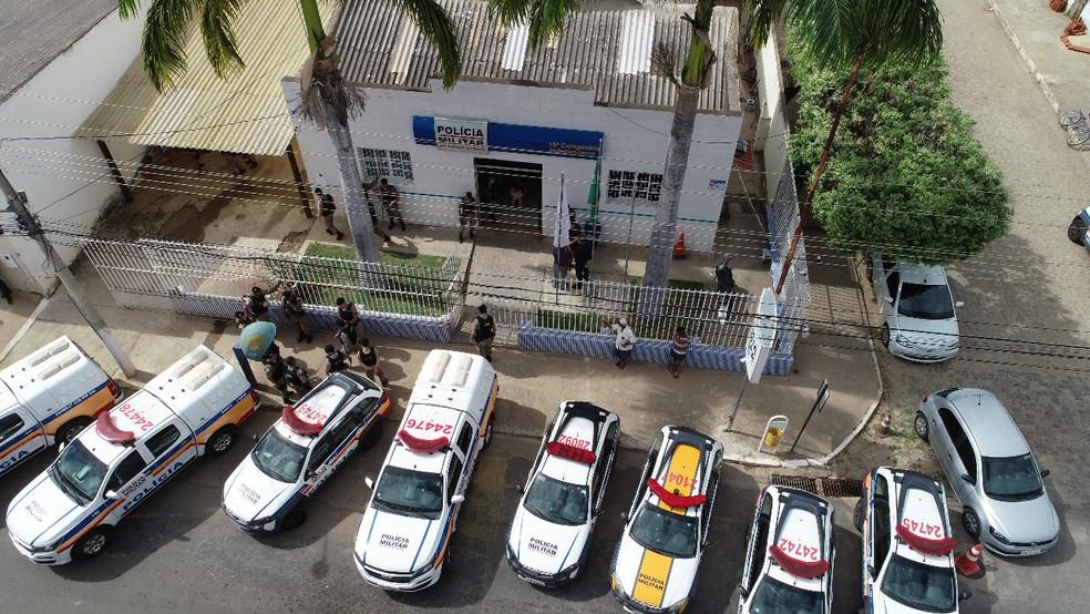 Treze pessoas foram presas e 25 mandados de prisão cumpridos durante Operação Katharsis em Aimorés — Foto: Polícia Militar/Divulgação