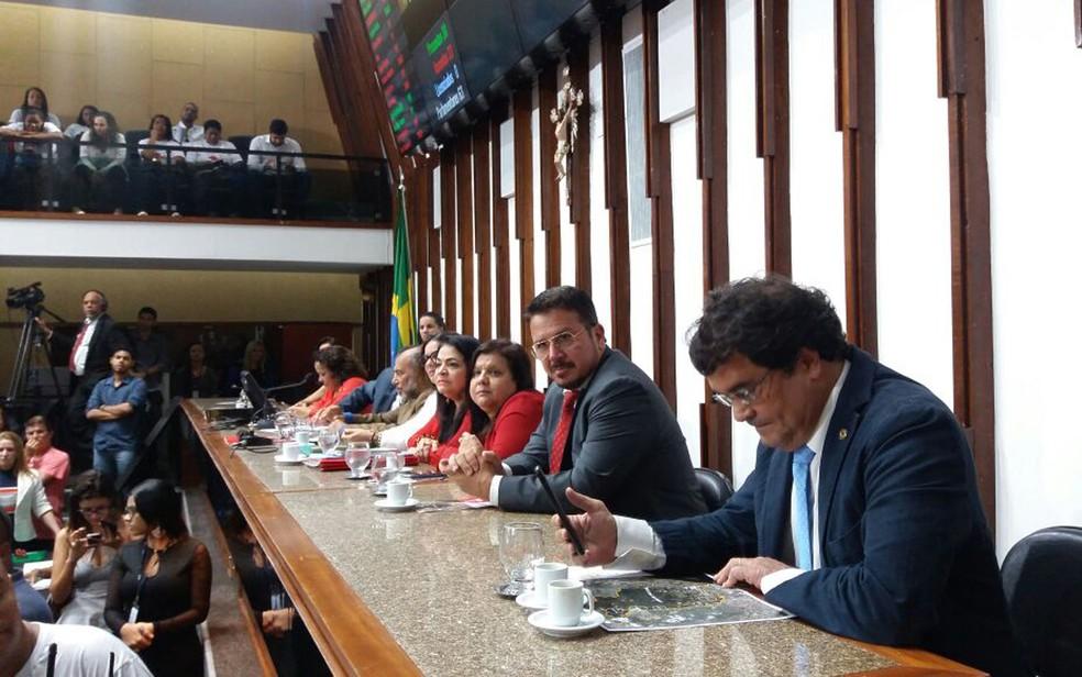 Assembleia discutiu limites territoriais entre cidades de Salvador e Lauro de Freitas  (Foto: Mayara Magalhães/ TV Bahia)