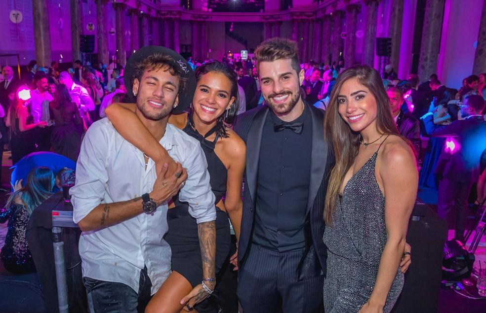 Neymar, Bruna Marquezine, Alok e Romana na festa de 26 anos do jogador (Foto: Alisson Demetrio/Divulgação)