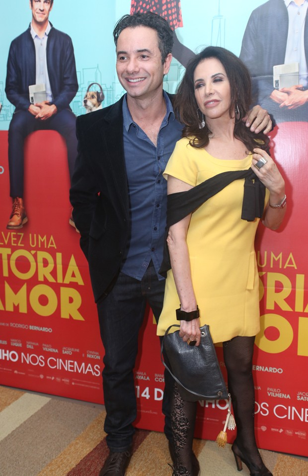 Marco Luque e Cláudia Alencar (Foto: Anderson Borde/AgNews)