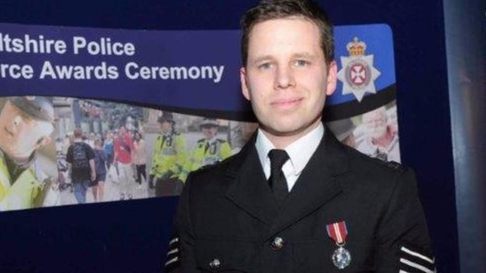 O policial Nick Bailey continua internado em estado grave. (Foto: BBC)