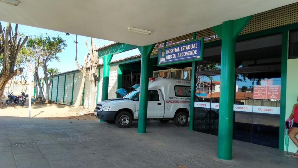 Hospital Dirceu Arvoverde (Heda), em Parnaíba. — Foto: Patrícia Andrade/G1
