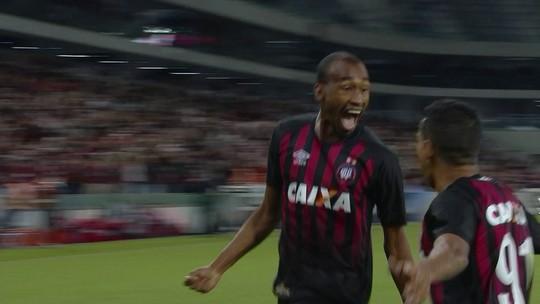 Destaque em goleada, Guilherme quer atingir condição física plena no Atlético-PR