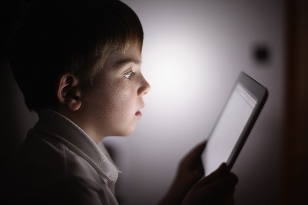 Criança utilizando iPad (Foto: Christopher Furlong/Getty Images)
