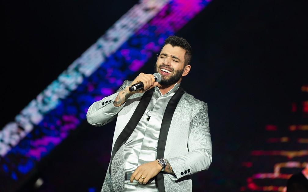 Gusttavo Lima, Rei da Arena, cantou clássicos da música sertaneja atendendo pedidos de fãs em Barretos 2019 — Foto: Érico Andrade/G1