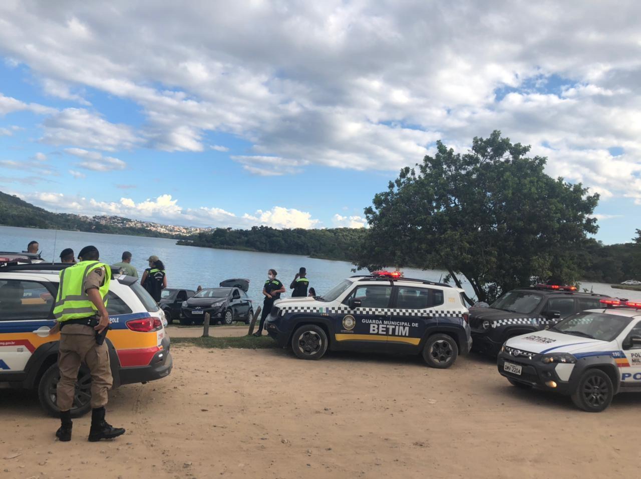 Construção ilegal na Várzea das Flores é demolida em operação da Prefeitura de Contagem
