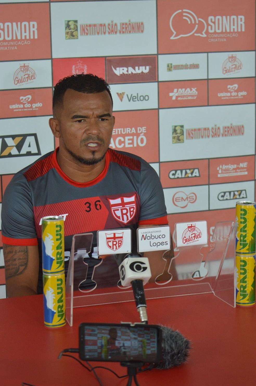 Zé Carlos, atacante do CRB — Foto: Gustavo Henrique/ASCOM CRB