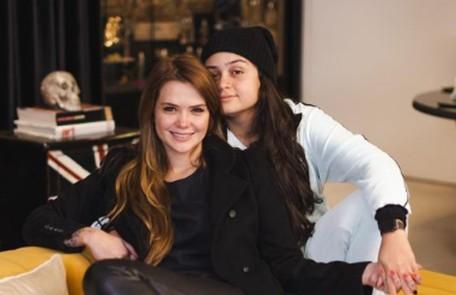 A ex-'BBB' Marcela Mc Gowan e a cantora Luiza começaram o relacionamento em janeiro Reprodução