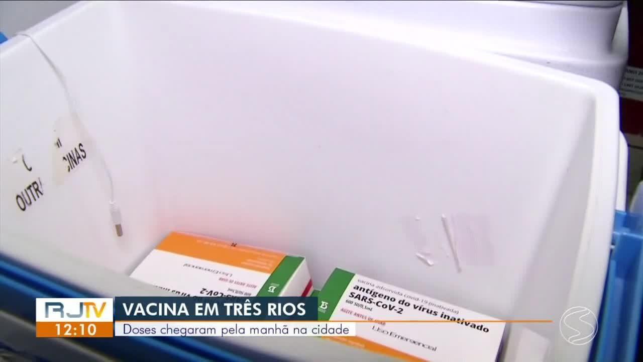 Três Rios recebe primeiras doses da vacina contra Covid-19