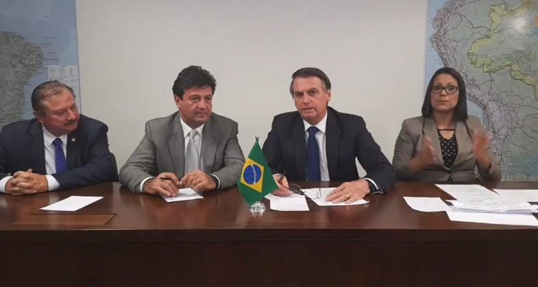 live-bolsonaro-brasilia (Foto: Reprodução/Facebook)