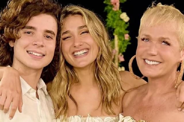 João Figureiredo, Sasha e Xuxa Meneghel (Foto: Reprodução)