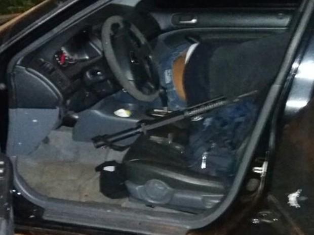 Durante perseguição, assaltantes foram atingidos pelos disparos (Foto: Arquivo Pessoal)