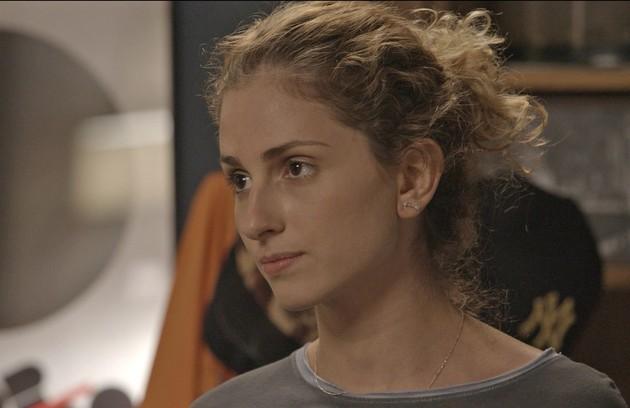 Na quarta (23), Ivana (Carol Duarte) pedirá para ter uma conversa série com o pai (Foto: TV Globo)
